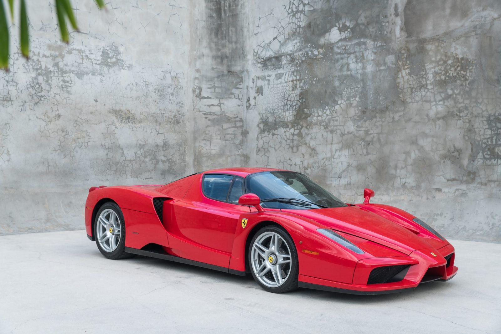 Ferrari Enzo Red 52 Curated