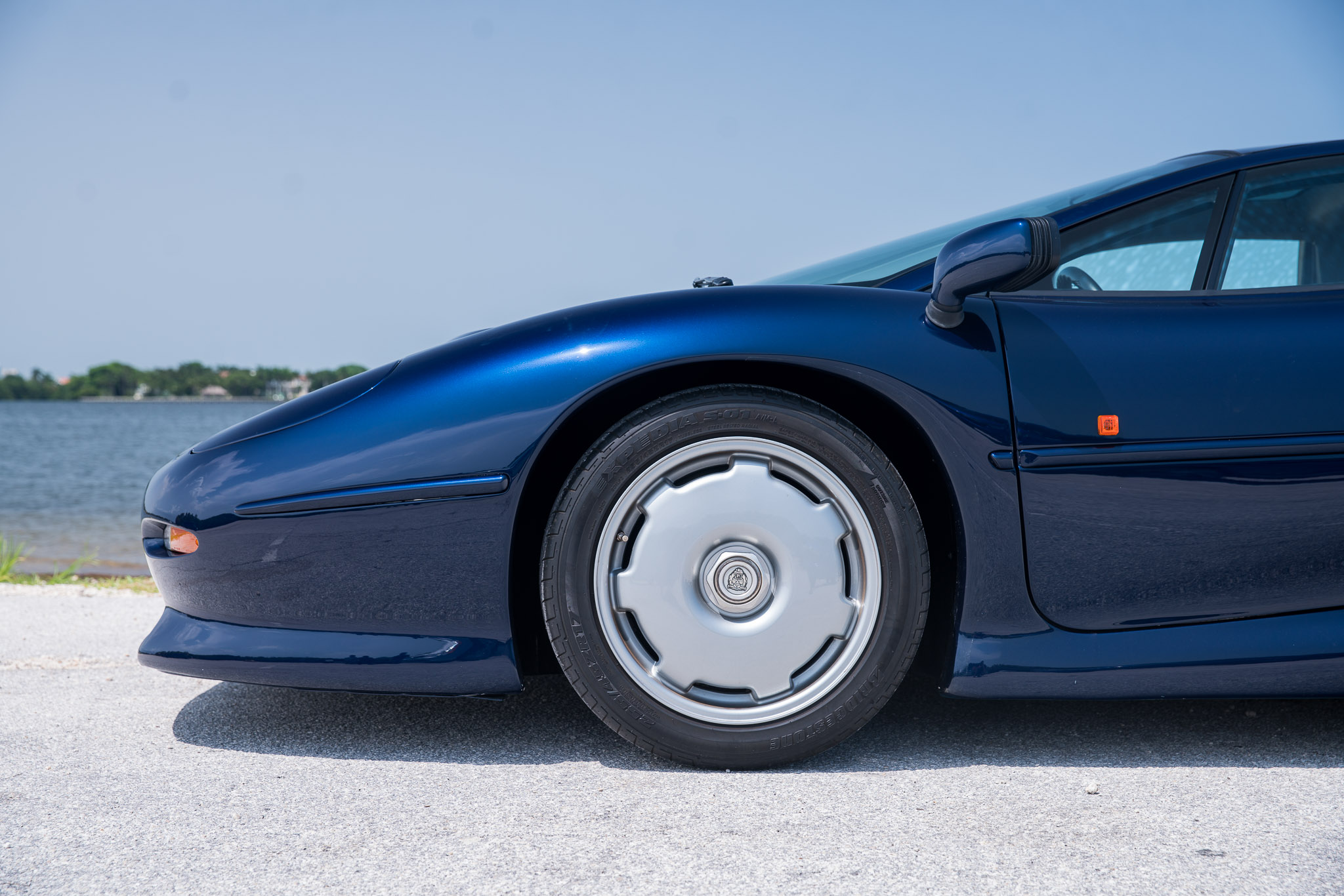 1994 Jaguar XJ220 For Sale   Curated   Vintage & Classic ...