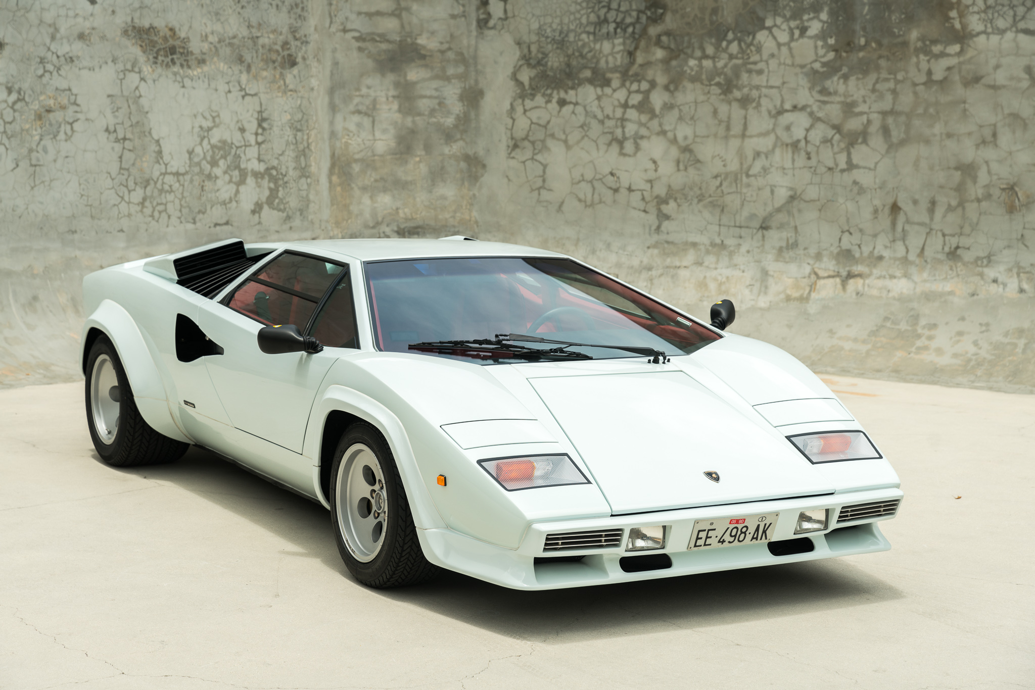 Lamborghini Countach White On Red 9864 Curated
