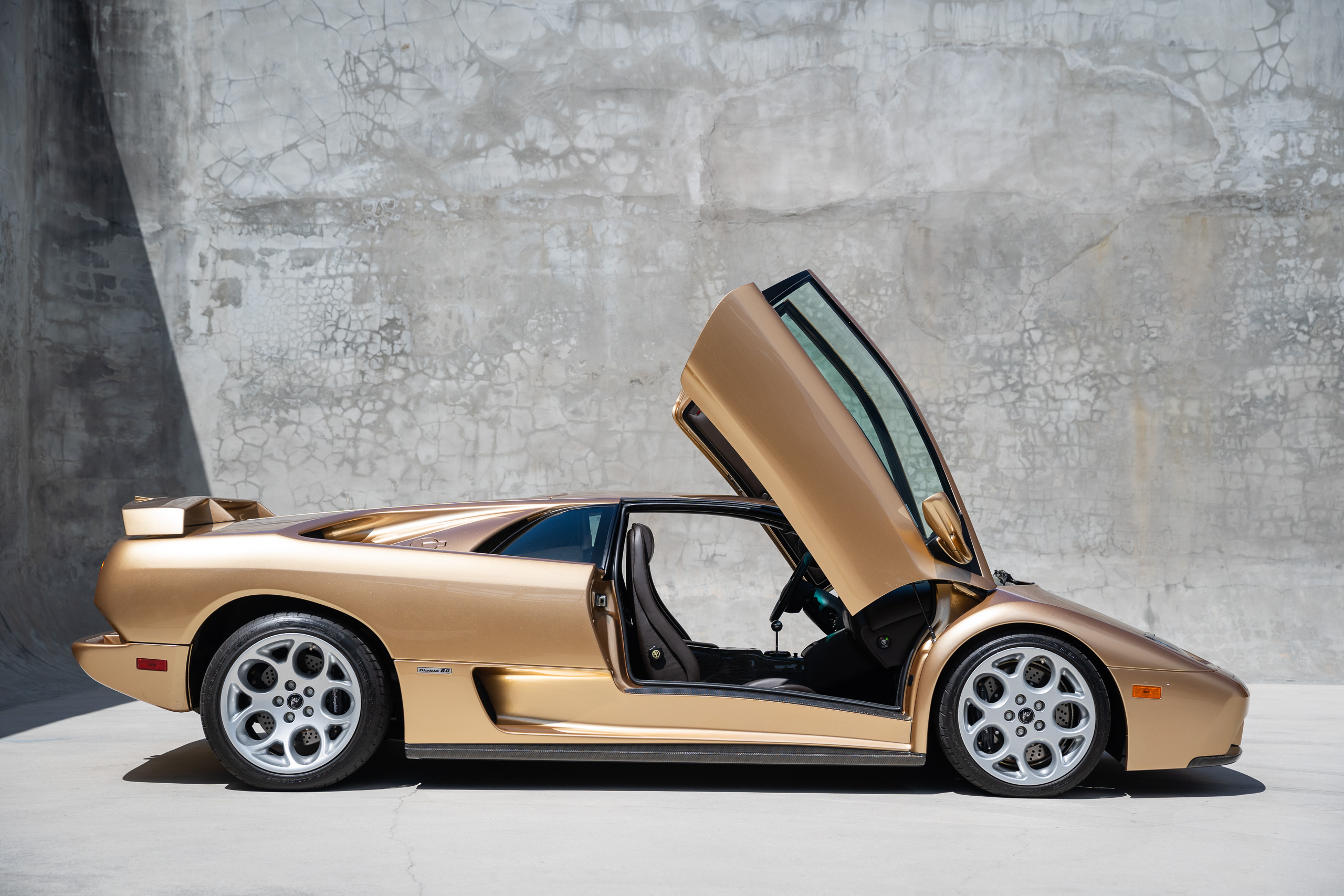 2001 lamborghini diablo 6 0 for sale curated vintage classic supercars 2001 lamborghini diablo 6 0 for sale curated vintage classic supercars